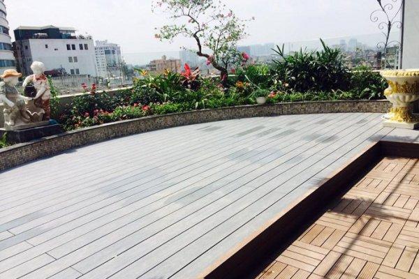 Yếu tố có thể ảnh hưởng đến độ bền và tuổi thọ sàn gỗ ngoài trời